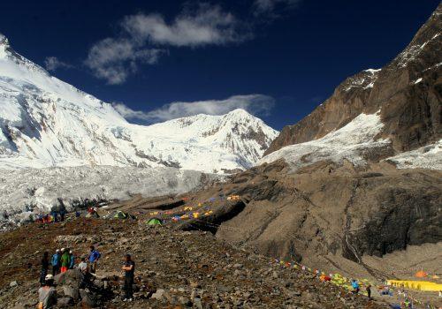 Manaslu (Larky Peak) Camping Trek