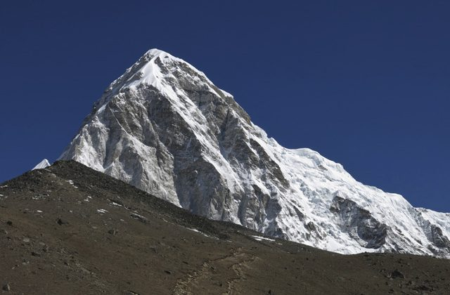 Trek the himalayas