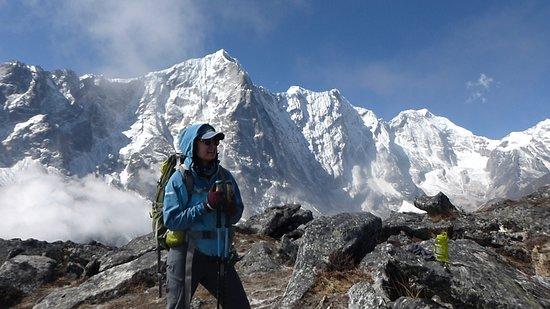 Gokyo – Renjo La Pass – Sunder Peak Trek 2018/19